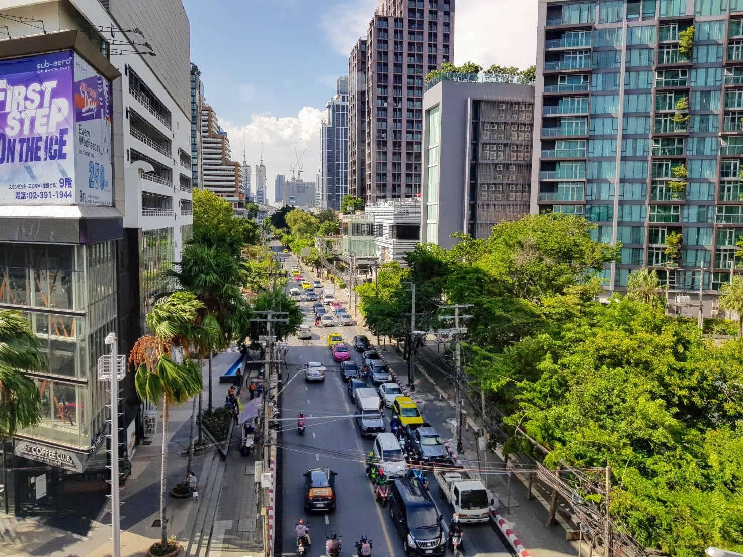 タイ_バンコク_エカマイ通り_Sukhumvit63_タイランドピックス