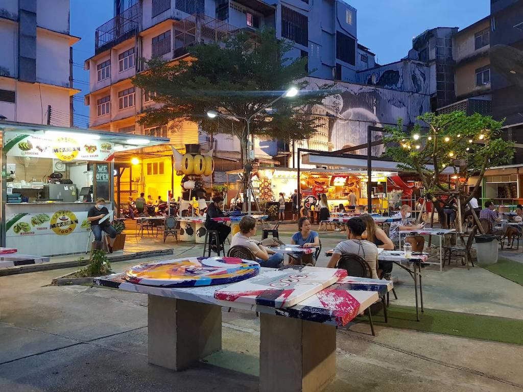 バンコク _プラカノン _W District_W Market_タイランドピックス