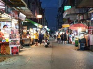 Bangkok_Onnut_Food Street (1)