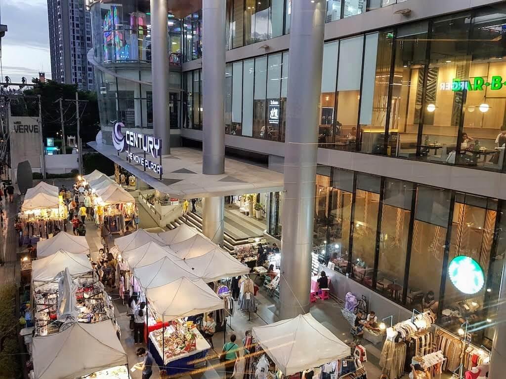 Bangkok_Onnut_Century_Market