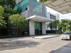 Bangkok_Onnut_Ideo Mobi Sukhumvit 81_Car Entrance (1)