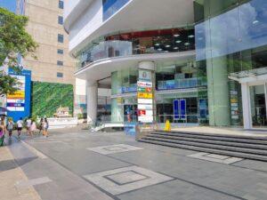 バンコク-シーロム-United Center-ユナイテッドセンタービル-タイランドピックス