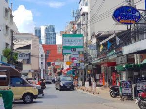タイ-バンコク-プロンポン-DYMインターナショナルクリニック3-タイランドピックス